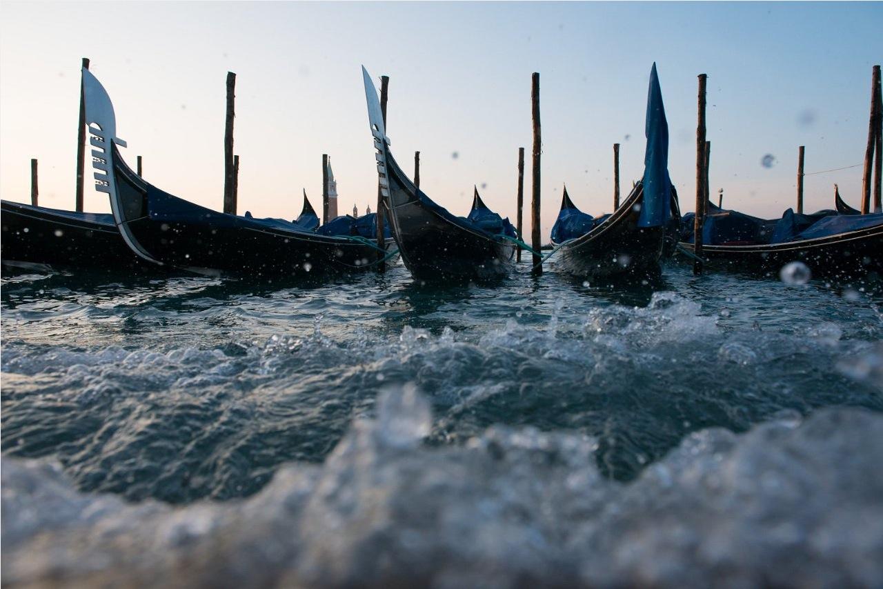 Venedig Gondeln JuergenWalter